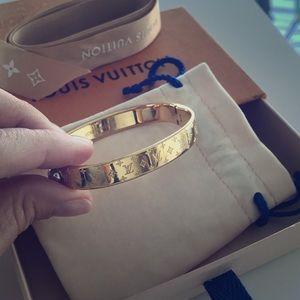 Louis Vuitton bracelet gold Small 100% original